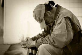 La relation complexe entre pauvreté et Bien-être au Travail